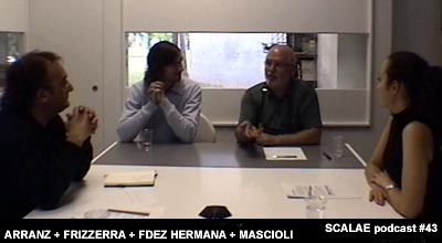 Luis Angel Fernández Hermana en el centro de enlace de Barcelona