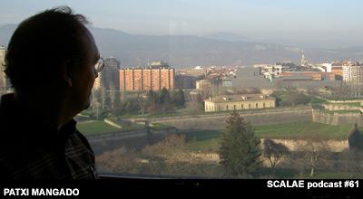 Patxi Mangado observa el Auditorio de Pamplona, Baluarte. SCALAE